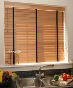 Wooden venetian blind in a variety of wood shades